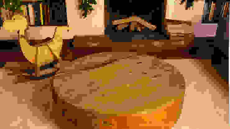 Mesa de centro de la sala antes de los adornos navideños. de MARIANGEL COGHLAN