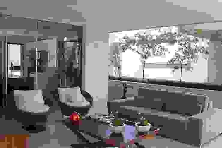 Balcones y terrazas modernos de FAGM Arquitetos Moderno