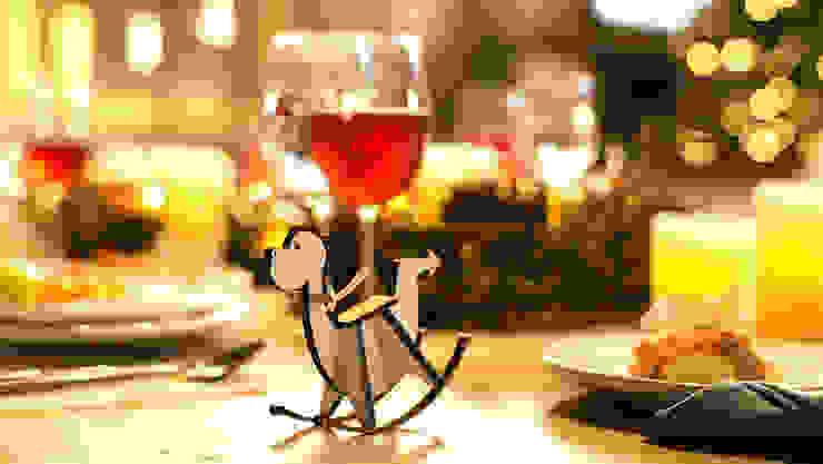 Anacleto, nuestro amigo presente en la mesa Navideña. de MARIANGEL COGHLAN