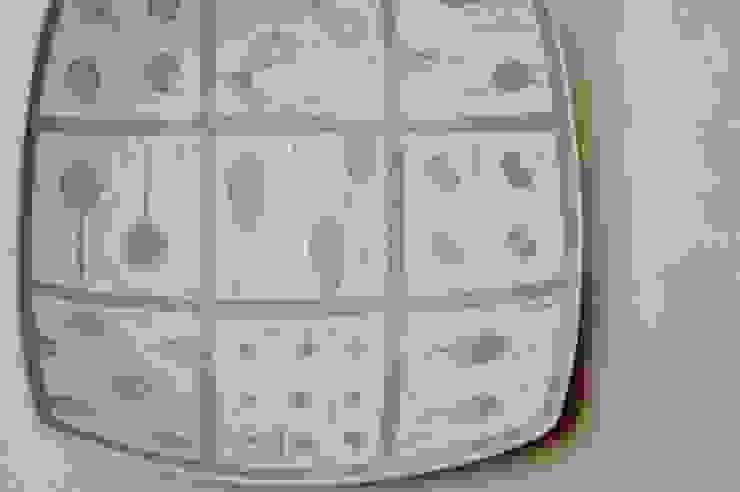 tane皿: claytudio tenohiraが手掛けた折衷的なです。,オリジナル