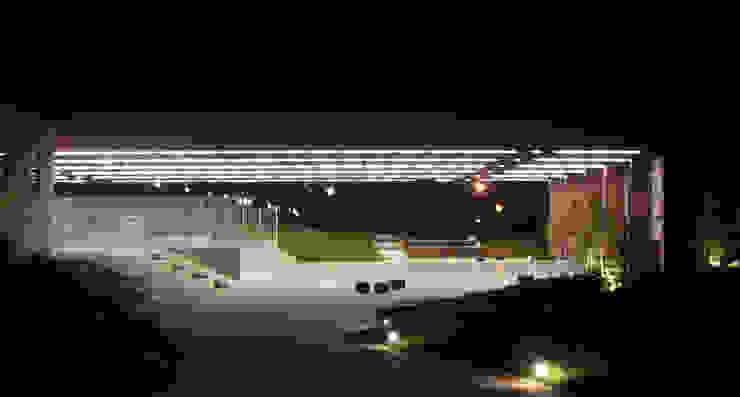 Jardin moderne par asieracuriola arquitectos en San Sebastian Moderne