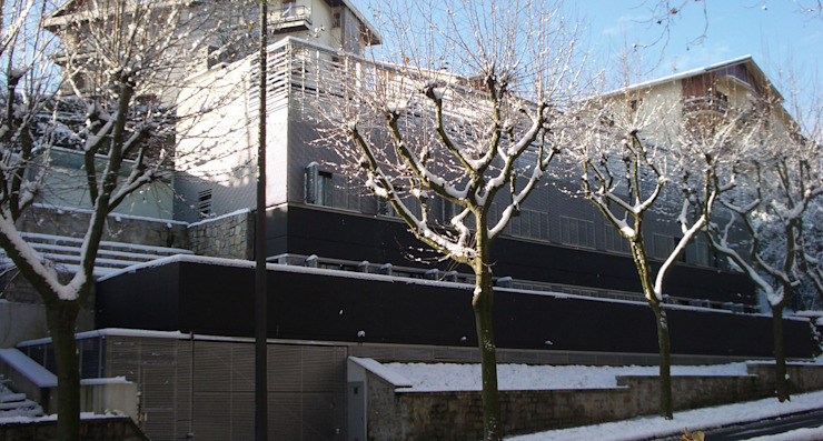 Nowoczesne domy od asieracuriola arquitectos en San Sebastian Nowoczesny Beton