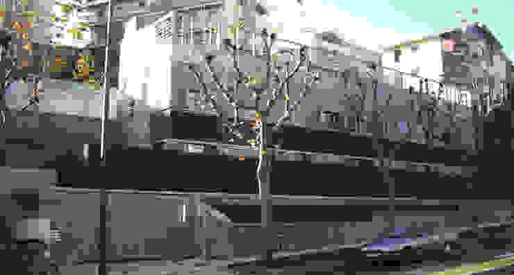 โดย asieracuriola arquitectos en San Sebastian โมเดิร์น