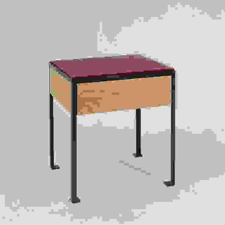 DEM por BOTA Creative Studio Moderno