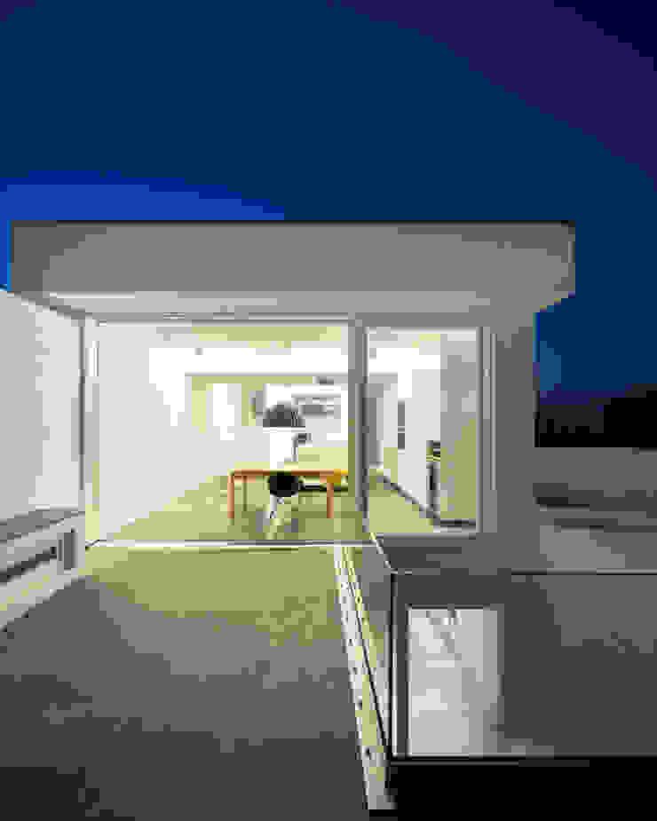 CASA 103 Casas modernas por MARLENE ULDSCHMIDT Moderno