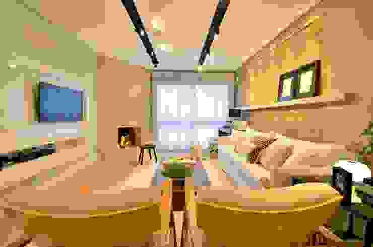 Salones modernos de karen feldman arquitetos associados Moderno Concreto