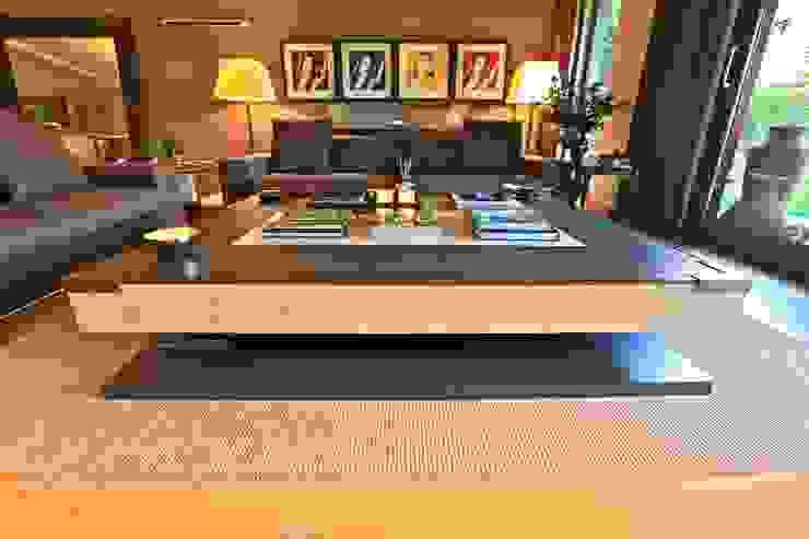 Kerim Çarmıklı İç Mimarlık Living roomSide tables & trays