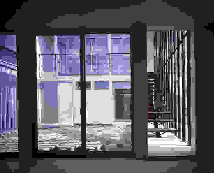 HUT+HOUSE オリジナルデザインの 子供部屋 の 株式会社CAPD オリジナル