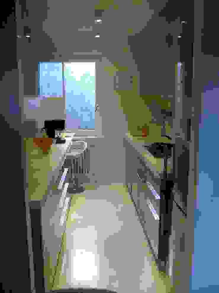 cristina mecatti interior design Modern kitchen