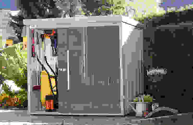 Nowoczesny garaż od Gartenhaus2000 GmbH Nowoczesny
