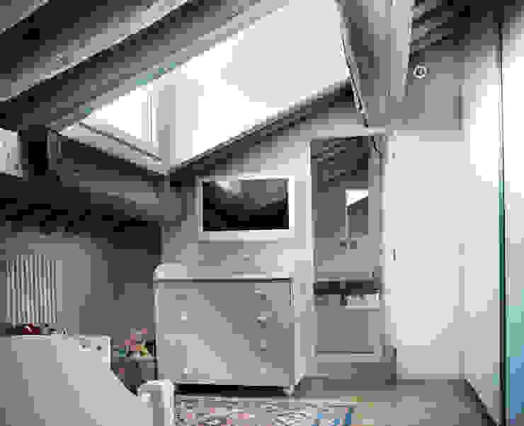 cristina mecatti interior design Modern style bedroom