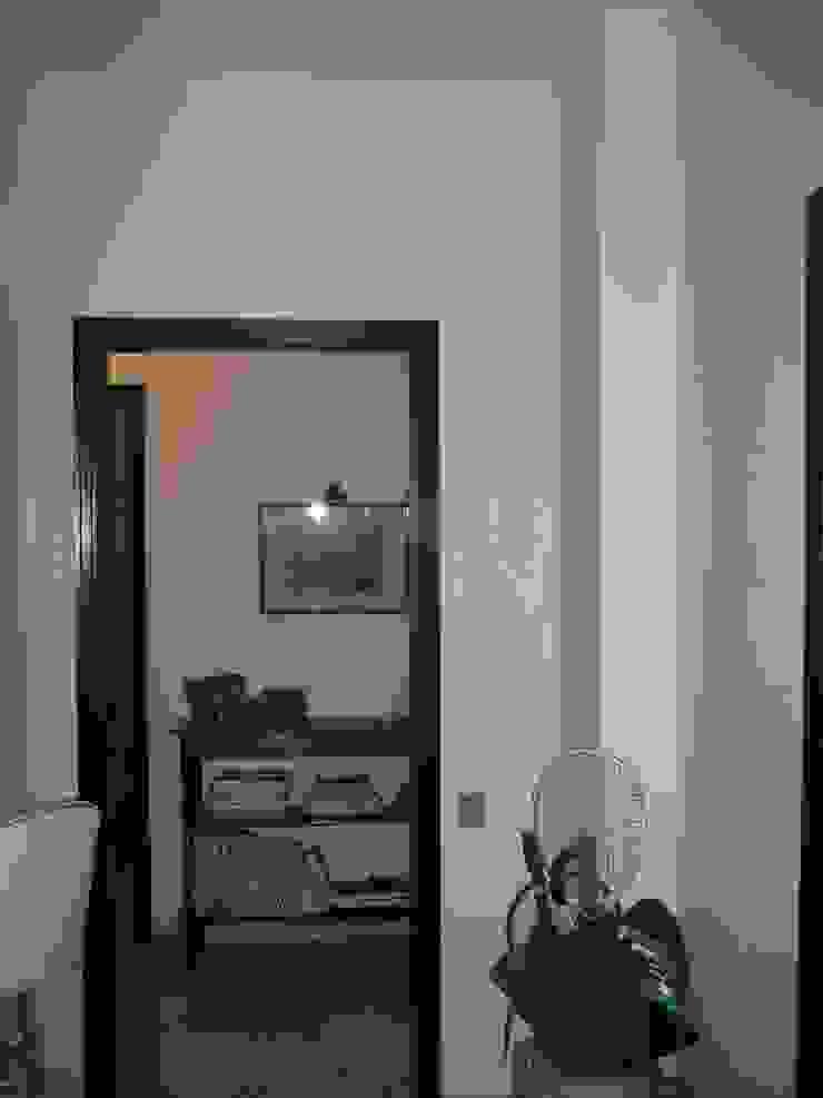 cristina mecatti interior design Classic style corridor, hallway and stairs