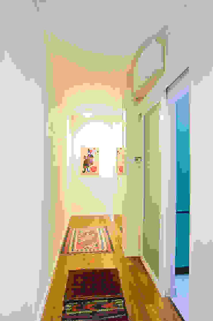 MARTA'S cristina mecatti interior design Ingresso, Corridoio & Scale in stile classico