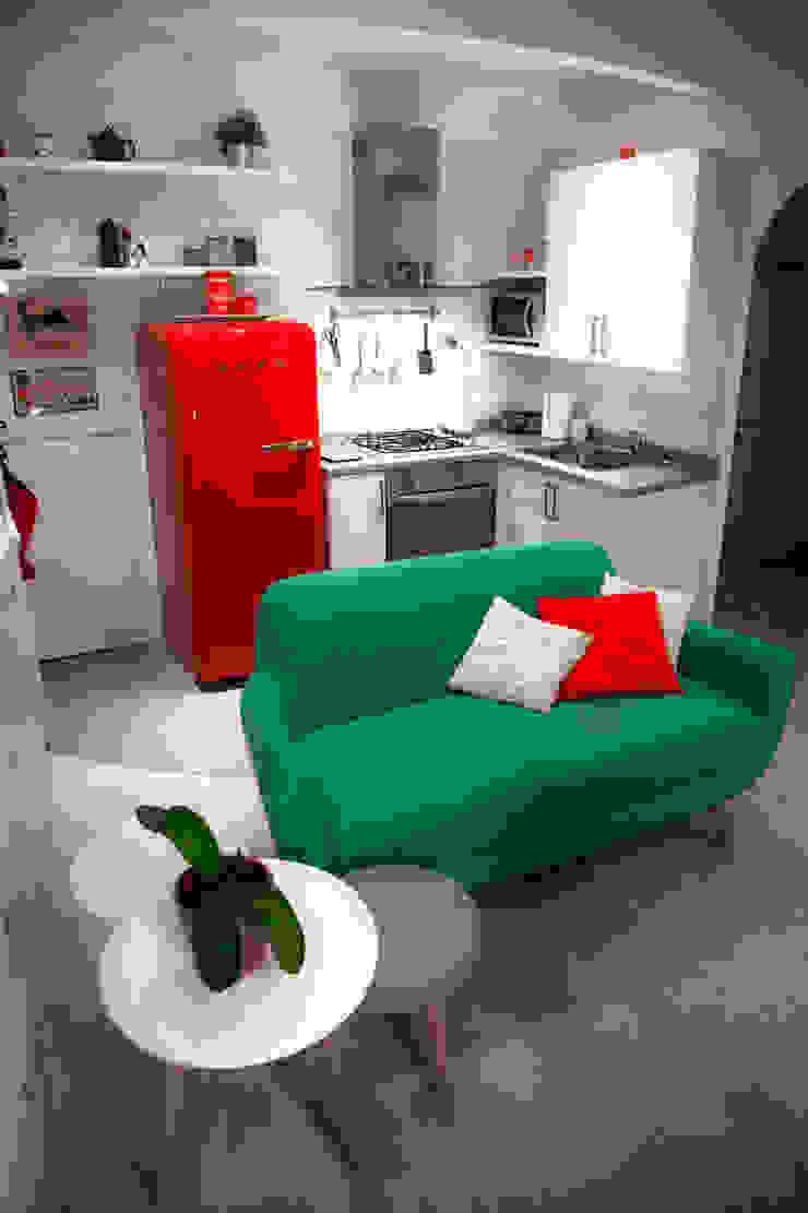 CASA PRIVATA 2012 - ROMA CASSIA Soggiorno moderno di Mostarda Design Moderno