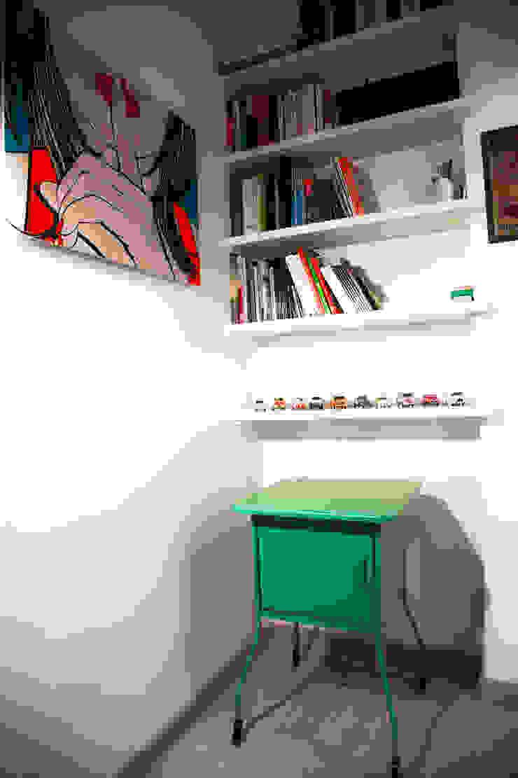 CASA PRIVATA 2012 – ROMA CASSIA Camera da letto moderna di Mostarda Design Moderno