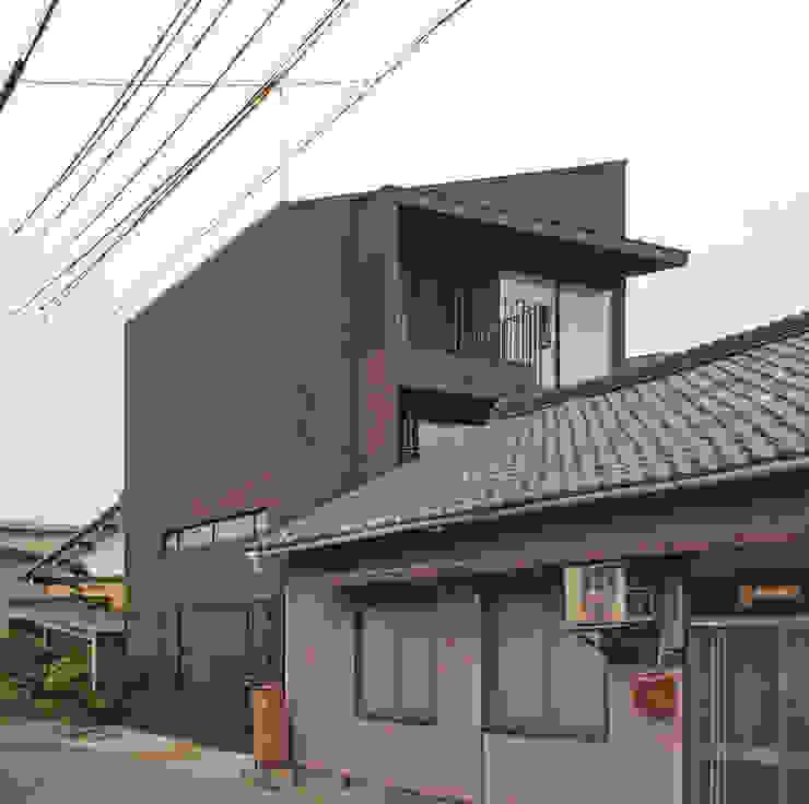 リビング階段の家 オリジナルな 家 の Egawa Architectural Studio オリジナル