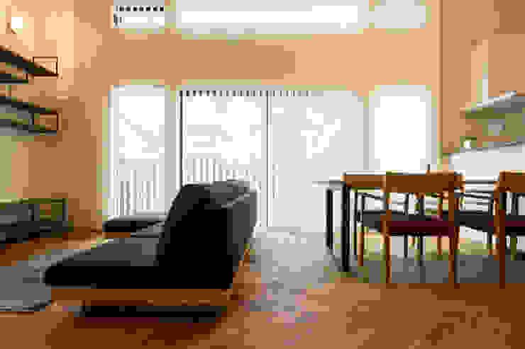 N邸新築 北欧デザインの リビング の 株式会社 鳴尾工務店 北欧