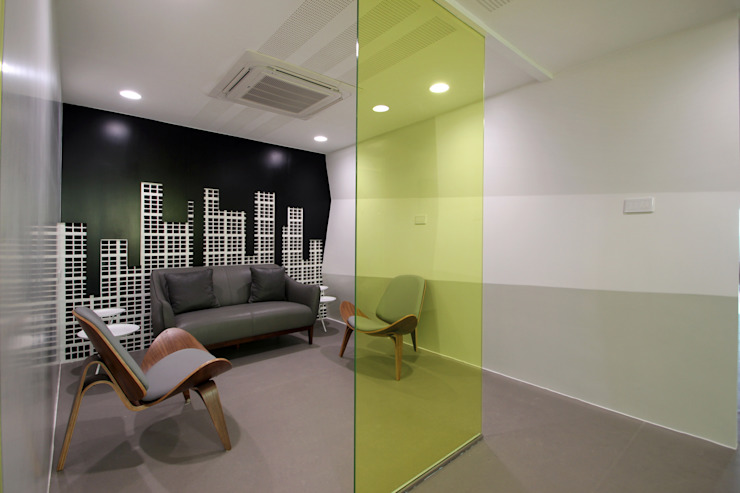 Halo Enerie Office: modern  by NA ARCHITECTS,Modern