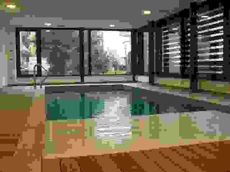 Villa Urbana via Legnone Milano Studio Perotta Piscina moderna