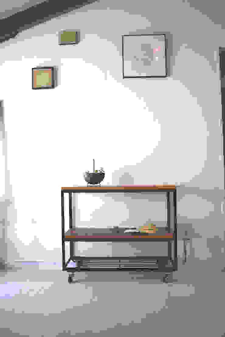 キャスター付ラック: KURI worksが手掛けた折衷的なです。,オリジナル
