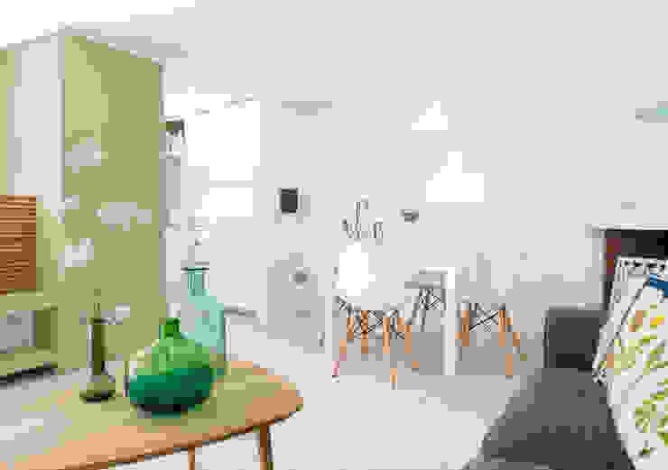 Minimalistische Wohnzimmer von Maurizio Giovannoni Studio Minimalistisch
