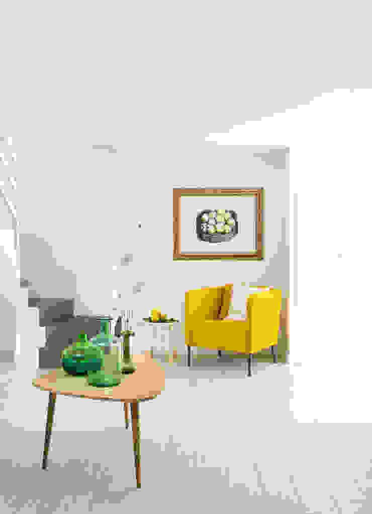 Casa di Silvana Maurizio Giovannoni Studio Soggiorno minimalista