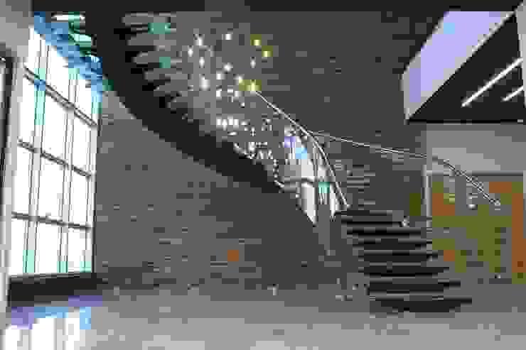 Visal Merdiven – Akkim Hollow Fibre ÜB - YALOVA: modern tarz , Modern