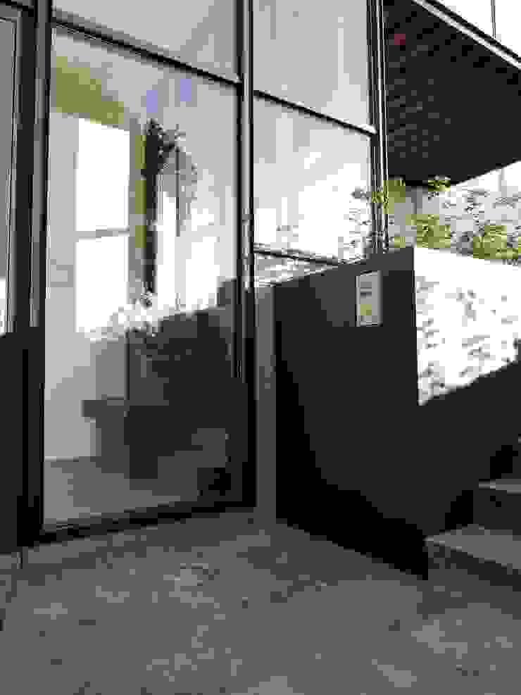 ARTERRA 房子 鐵/鋼 Black