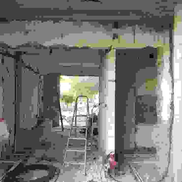House architectural renovation โดย Pil Tasarım Mimarlik + Peyzaj Mimarligi + Ic Mimarlik