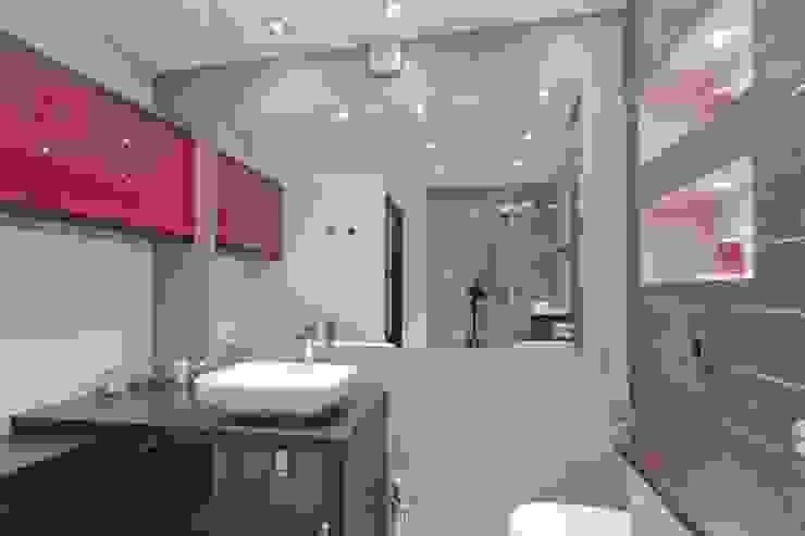 Łazienka po remoncie Nowoczesna łazienka od ZAWICKA-ID Projektowanie wnętrz Nowoczesny