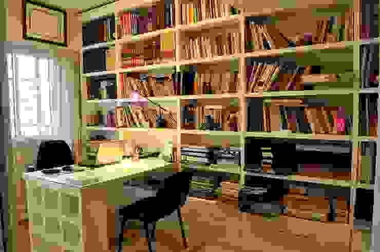 Office 클래식스타일 서재 / 사무실 by Radrizzani Rioja Arquitectos 클래식 우드 우드 그레인