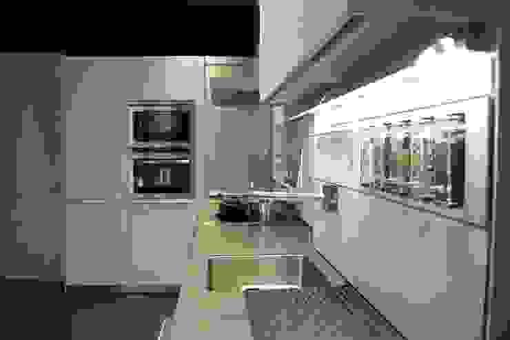 Cocina Cocinas de estilo clásico de ABD Clásico