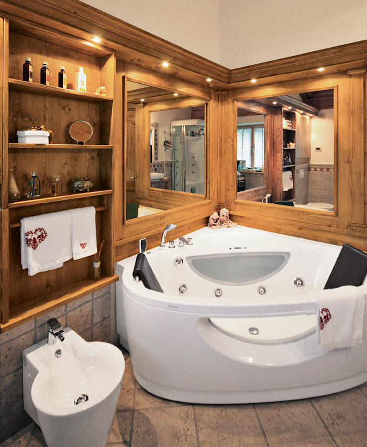 Rustic style bathroom by STUDIO ABACUS di BOTTEON arch. PIER PAOLO Rustic