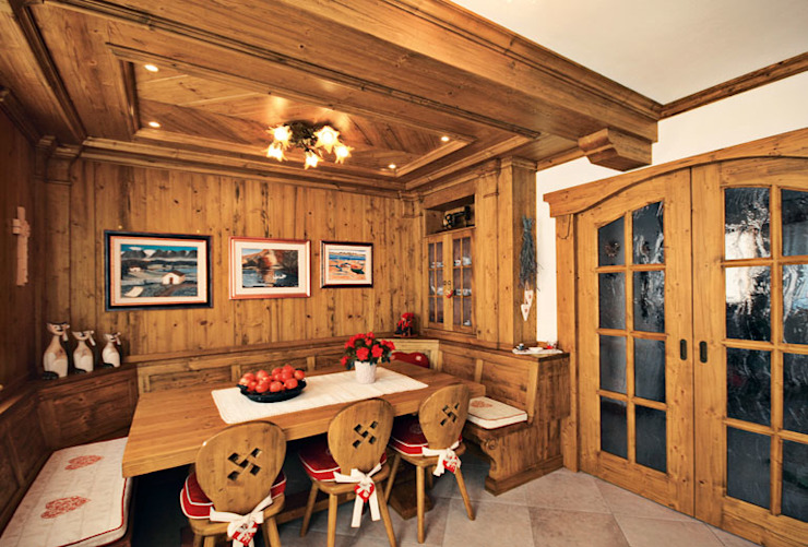 Rustic style dining room by STUDIO ABACUS di BOTTEON arch. PIER PAOLO Rustic