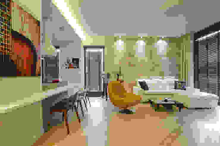 Modern Living Room by ZAWICKA-ID Projektowanie wnętrz Modern