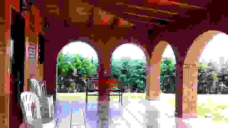 CABAÑA EN ATOTONILCO EL GRANDE HGO : Pasillos y recibidores de estilo  por OMR ARQUITECTURA & DISEÑO DE INTERIORES, Rústico