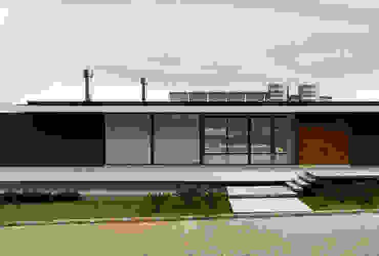Casas de estilo  por homify, Moderno