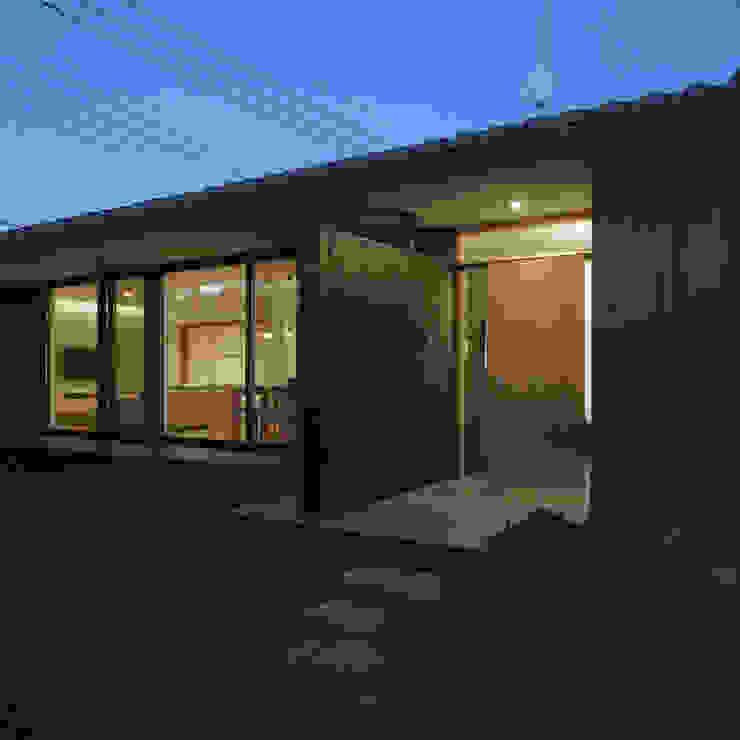 Asian style houses by AIDAHO Inc. Asian