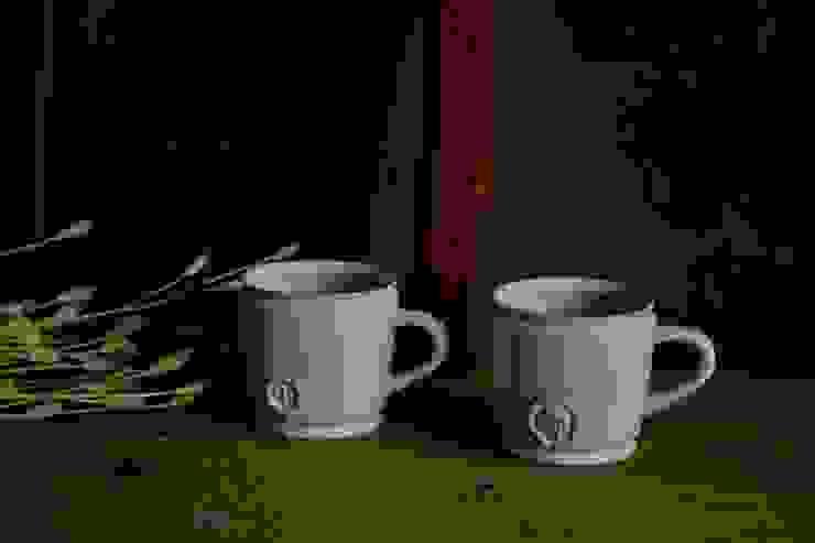 """コーヒーカップ""""medicina"""": monoton ceramic laboが手掛けた折衷的なです。,オリジナル 磁器"""