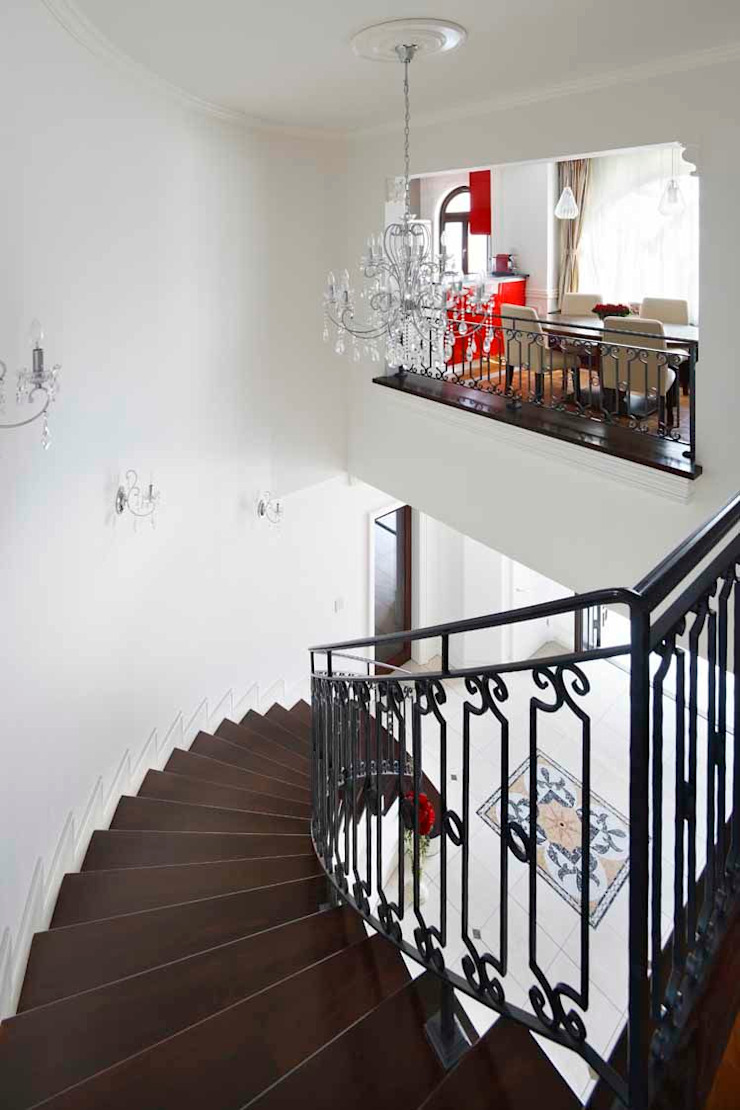 YO house   SANKAIDO 地中海スタイル 玄関&廊下&階段 の SANKAIDO   株式会社 参會堂 地中海