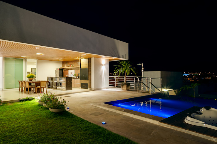 Casa Araguaia OM Varandas, alpendres e terraços modernos por dayala+rafael arquitetura Moderno