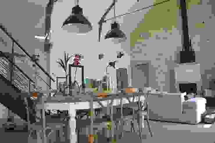 Salas de jantar industriais por Courants Libres Industrial