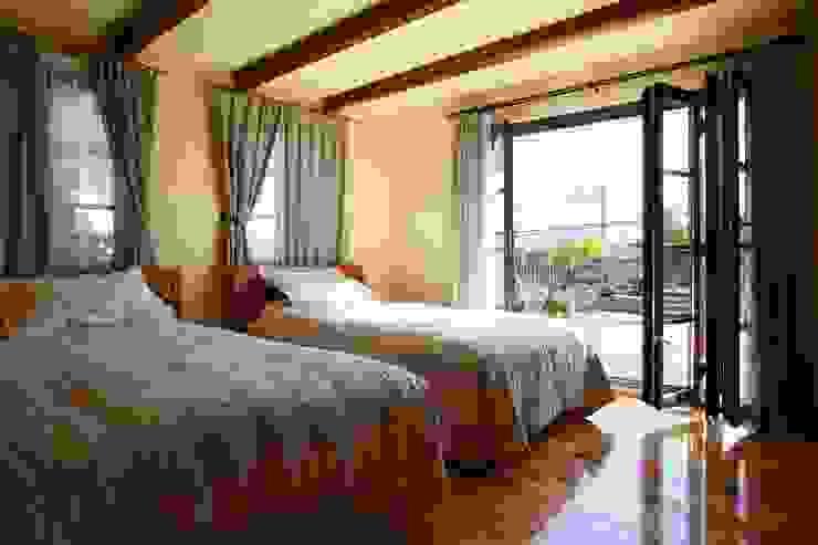 SI house | SANKAIDO 地中海スタイルの 寝室 の SANKAIDO | 株式会社 参會堂 地中海
