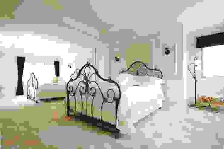 Classic style bedroom by SANKAIDO | 株式会社 参會堂 Classic
