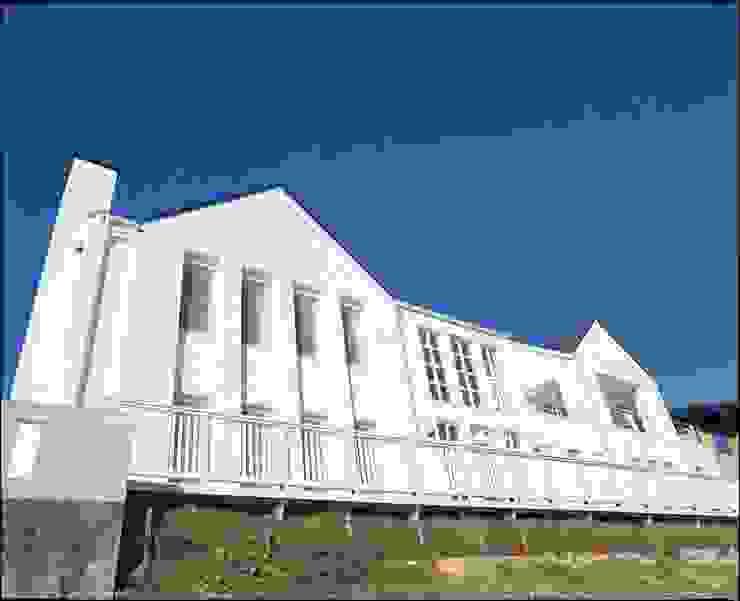 MA house | SANKAIDO モダンな 家 の SANKAIDO | 株式会社 参會堂 モダン
