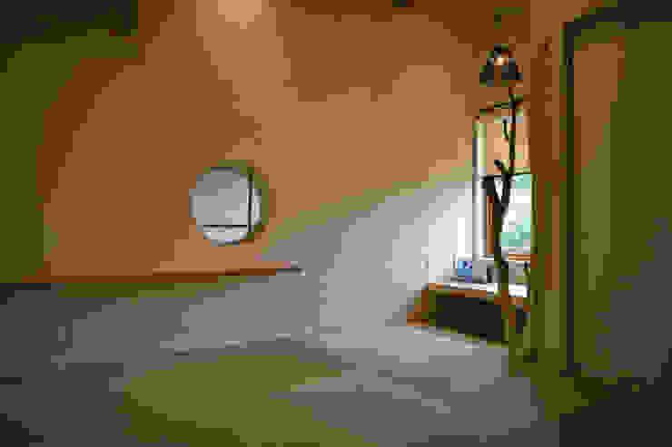マッシュルーム・ハウス オリジナルデザインの 多目的室 の 大森建築設計室 オリジナル