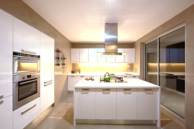 ABIL Experience Center - Castle Royale T4 Modern kitchen by Aijaz Hakim Architect [AHA] Modern