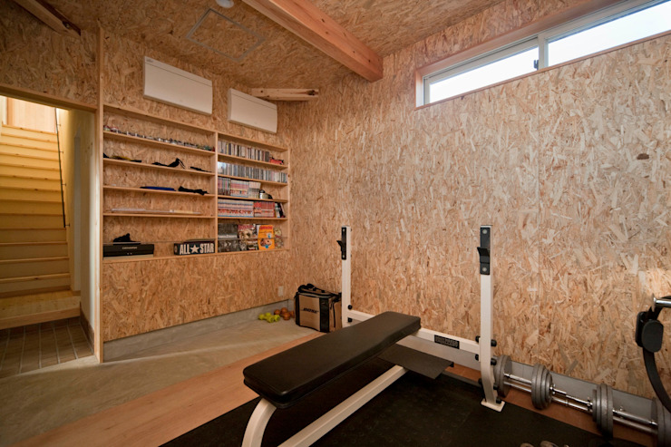Eclectic style gym by 大森建築設計室 Eclectic