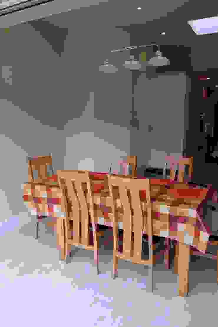 Single Storey Extension Butler Road Harrow Ruang Makan Klasik Oleh London Building Renovation Klasik