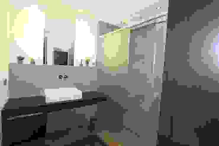 Modern bathroom by Architekturbüro Ketterer Modern